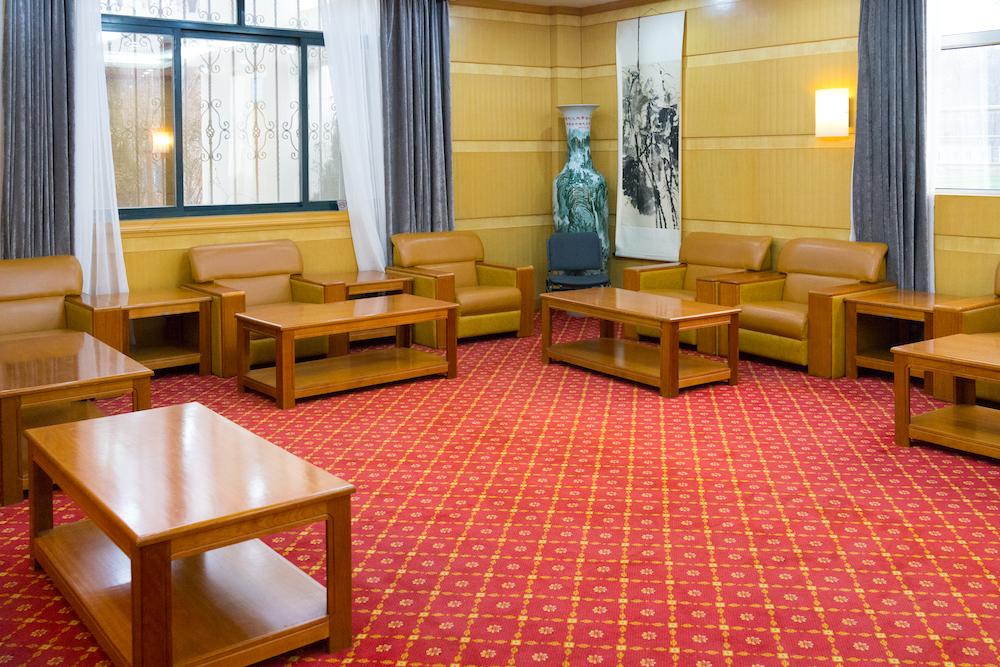 【地毯清洗】中油宾馆